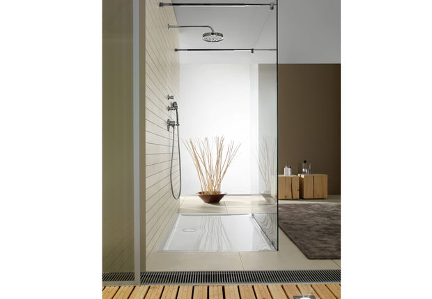 douche italienne receveur ultra plat couleur lin dans salle de bain zen. Black Bedroom Furniture Sets. Home Design Ideas