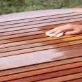 huile de teck pour entretien mobilier de jardin en teck