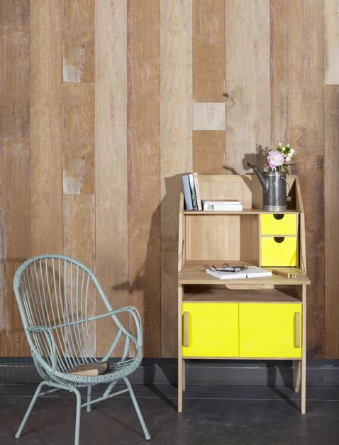 Un meuble secrétaire vintage à placer dans tous les intérieurs contemporain avec ses façades de tiroirs jaune citron