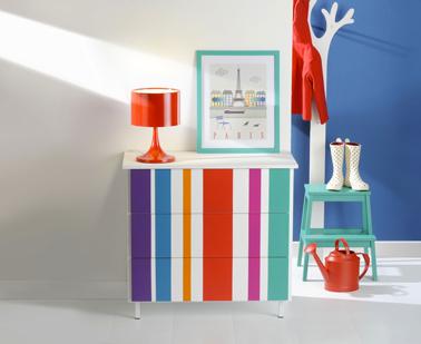 Envie de peindre un meuble avec des rayures de peinture pour lui donner un coup de jeune, Osez les rayures de couleurs flashy