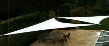 voile d 39 ombrage toile triangle ou rectangle pour d co. Black Bedroom Furniture Sets. Home Design Ideas