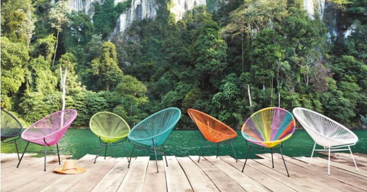 Des chaises de jardin de couleur pour une d co p tillante d co cool - Chaises cuisine couleur ...