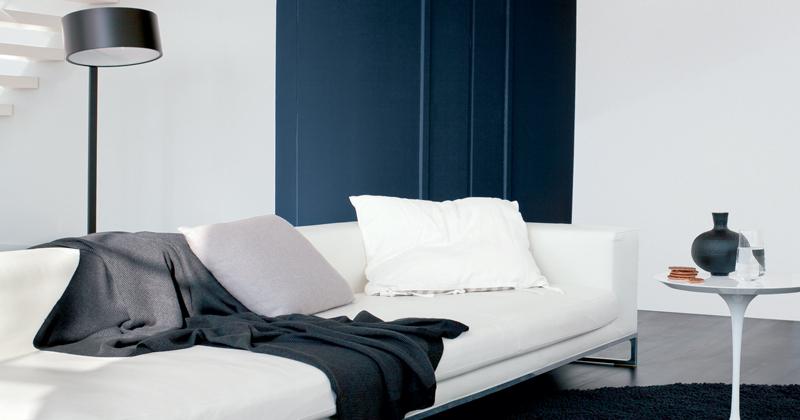 peinture r sine rouge sur meuble salle de bain resinence. Black Bedroom Furniture Sets. Home Design Ideas