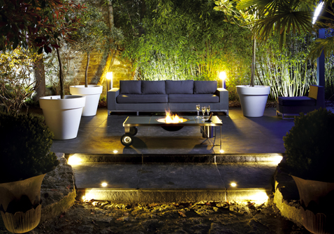 table brasero en inox le design outdoor. Black Bedroom Furniture Sets. Home Design Ideas