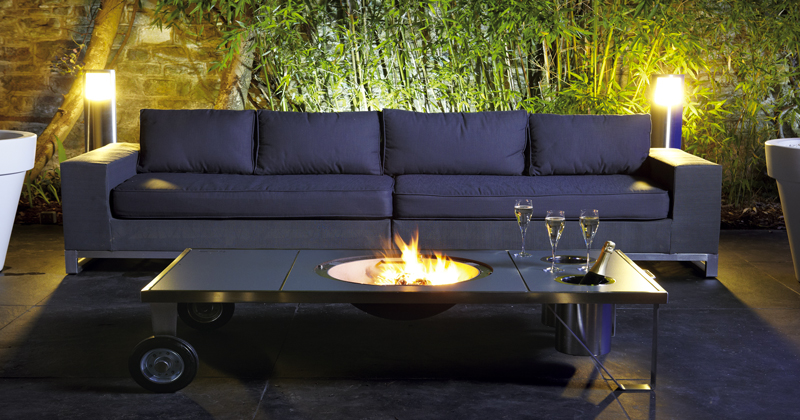 table brasero design pour nos soir es dans le jardin. Black Bedroom Furniture Sets. Home Design Ideas