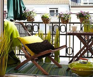 d co balcon et am nagement petit balcon en ville. Black Bedroom Furniture Sets. Home Design Ideas