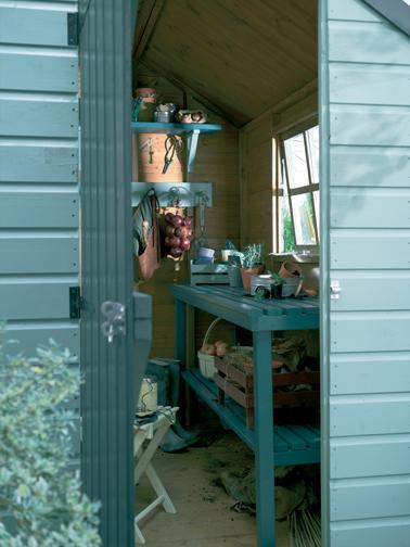 Repeindre son mobilier de jardin avec de belles couleurs i d co cool for Couleur salon de jardin en fer
