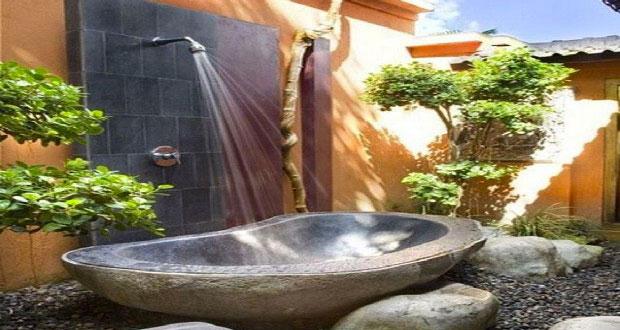 Douche de jardin installer pour l 39 t i d co cool for Wc exterieur jardin