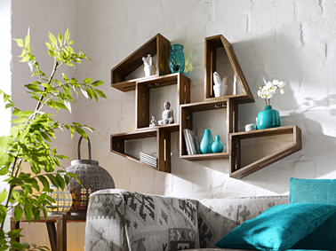 etagere bois ambiance du monde catalogue helline. Black Bedroom Furniture Sets. Home Design Ideas