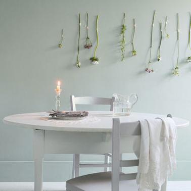 amazing une couleur gris pastel pour une salle manger fraiche et zen with peinture vert gris. Black Bedroom Furniture Sets. Home Design Ideas