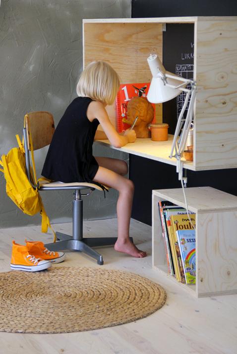 Fabriquer un bureau en bois pour enfant hyper sympa diy for Chambre sans fenetre est ce legal