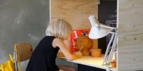 DIY pour fabriquer un bureau en bois pas cher pour chambre enfant