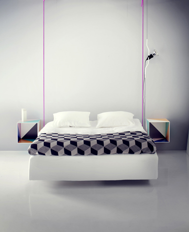 lit avec chevet suspendu maison design. Black Bedroom Furniture Sets. Home Design Ideas