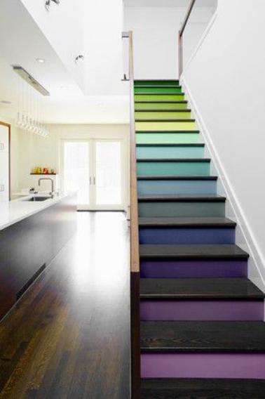 Quelle couleur pour repeindre un escalier deco cool for Quelle couleur pour un escalier