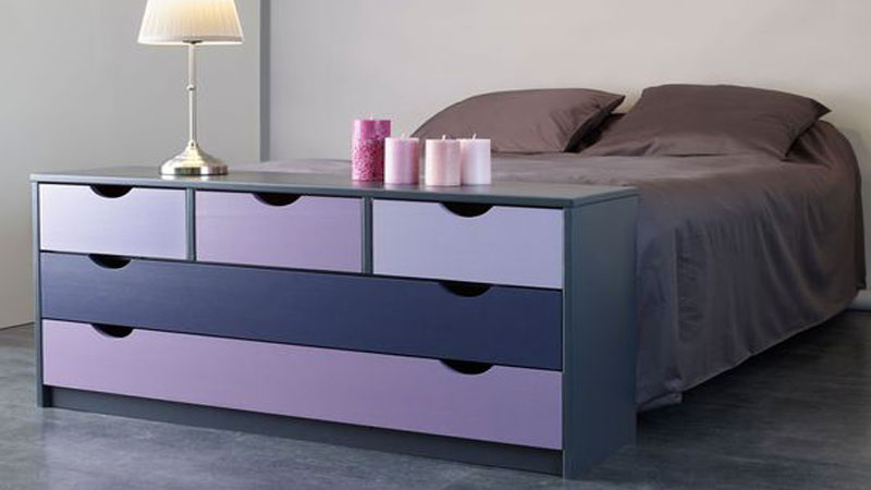peinture ultra solide pour repeindre ses meubles de cuisine. Black Bedroom Furniture Sets. Home Design Ideas
