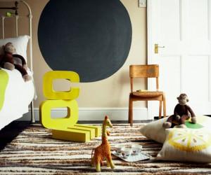 astuce deco pour chambre enfant avec rangement pratique, peinture fluorescente