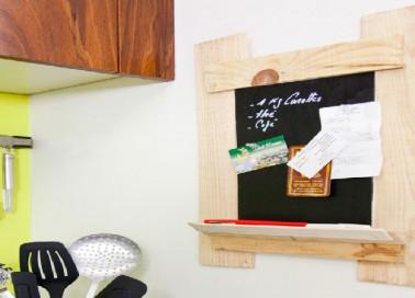 fabriquer un tableau ardoise avec une cagette bois d co. Black Bedroom Furniture Sets. Home Design Ideas