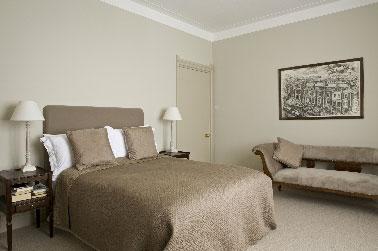 peinture les couleurs chambre adulte id ales pour les murs. Black Bedroom Furniture Sets. Home Design Ideas