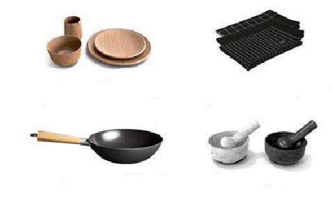 Les ustensiles de cuisine à se procurer chez Habitat signés Thierry Marx : Assiettes et bol en bois, torchons noir, work et pilon en marbre noir ou blanc
