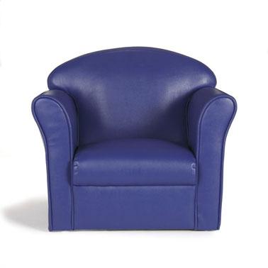 Jouer à faire les grands ? Les enfants adorent ! C'est d'autant plus possible avec ce fauteuil bleu nuit. Idéal pour le relooking de la chambre de votre enfant .