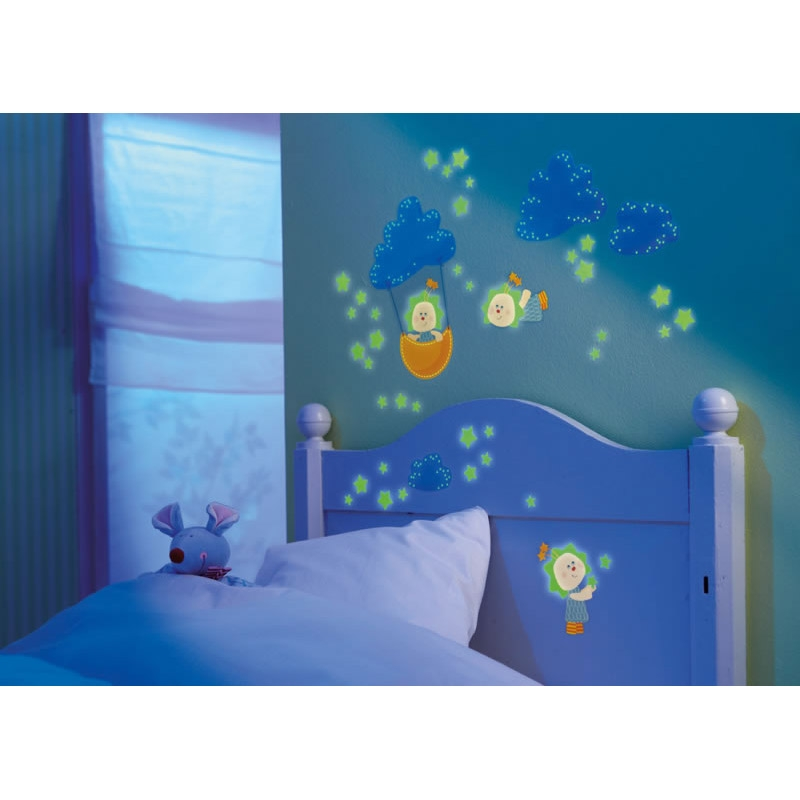 stickers phosphorescents de couleur pour chambre enfant. Black Bedroom Furniture Sets. Home Design Ideas