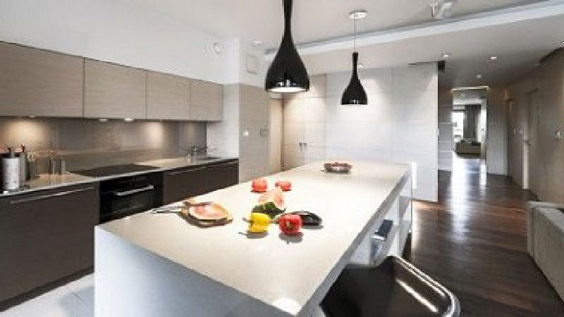 5 r gles d co pour r ussir son am nagement cuisine deco cool for Amenagement cuisine couloir