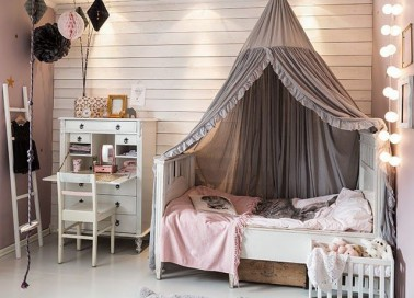 une chambre de fille rose le kitsh aux oubliettes d co cool. Black Bedroom Furniture Sets. Home Design Ideas