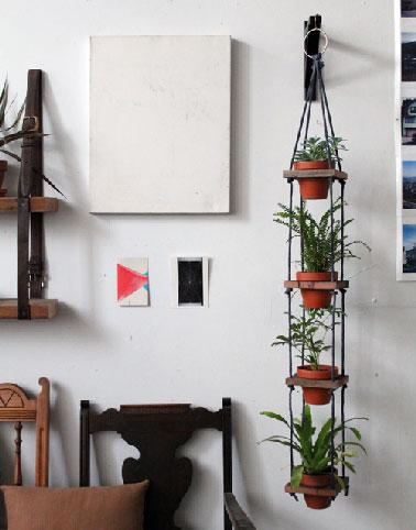 Porte plante fabriquer avec corde et du bois - Fabriquer un porte outils mural ...