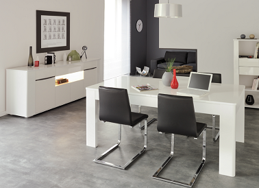 Salle manger design avec table extensible laqu e blanche for Salle a manger design 2015