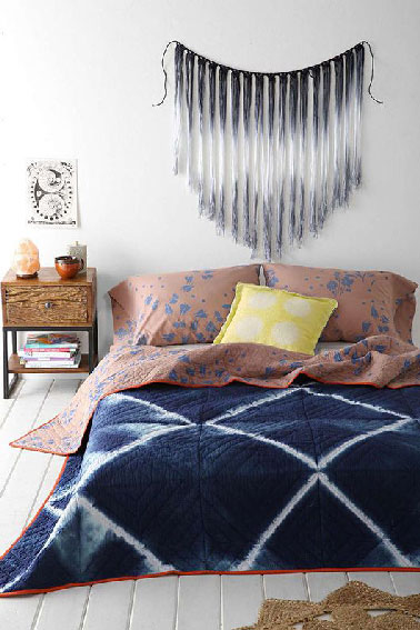 T te de lit tiss e lena corwin pour urban outfitters for Chambre urban outfitters
