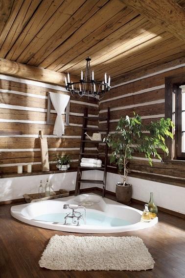 décoration salle de bain avec jacuzzi