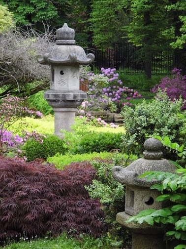 Comment am nager un jardin zen deco cool for Deco pierre jardin