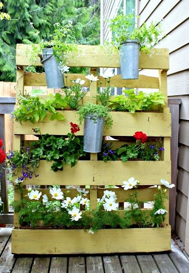 jardinire palette de bois naturelle terrasse diy - Fabriquer Une Jardiniere Avec Des Palettes