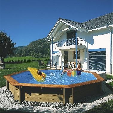 Piscine hors sol bois ronde et grande leroy merlin for Prix d une piscine en bois semi enterree