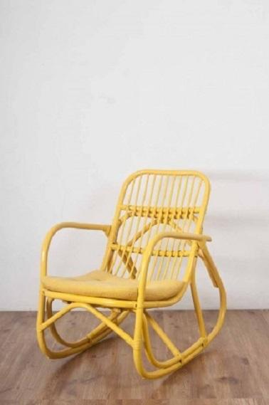 rocking chair rotin jaune le monde sauvage. Black Bedroom Furniture Sets. Home Design Ideas