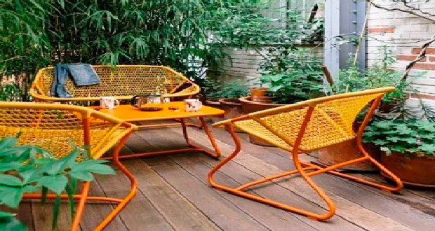 Transat en toile couleur salon jardin d tente design fermob for Petit salon de jardin original