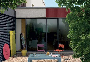 Peinture bois ext rieur sur volet et sur porte garage for Peinture pour volets exterieurs