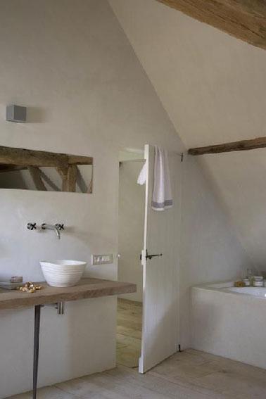 plan vasque fait avec plan bois dans salle de bain zen - Comment Fabriquer Un Meuble Vasque Avec Plan De Travail