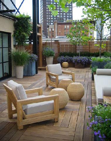 Confort maxi sur une terrasse zen en bois - Salon de jardin zen ...