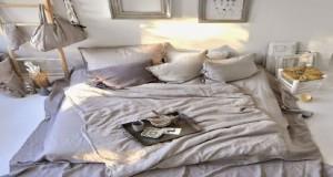 Dès la fin de l'été, le désir d'une chambre cocooning s'exprime avec un besoin de douceur, d'une déco de chambre cosy. inspirez-vous de ces idées de chambre moderne et tendance cocooning pour trouver la vôtre.