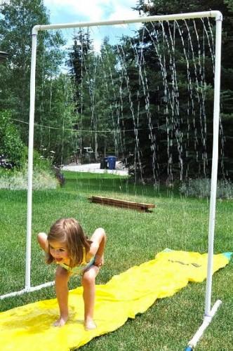 Douche ext rieure 4 astuces pas ch res pour se rafra chir - Construire douche exterieure ...