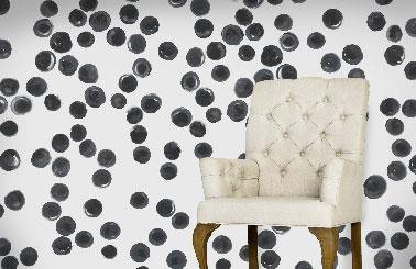 papier peint design Scenolia motif rond noir à l'aquarelle sur blanc
