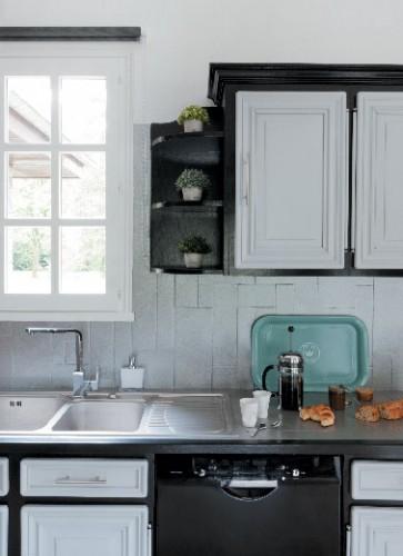 Peinture pour meubles de cuisine photo apr s - Peinture v33 pour meuble ...