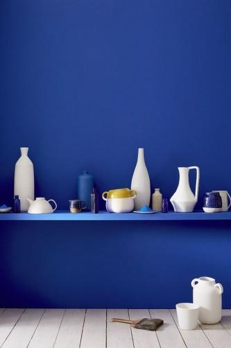 Une sublime couleur bleu en édition limitée à se procurer en urgence pour la déco des murs. Peinture Ultra Blue 264 et Linen Wash 33 Little Greene.