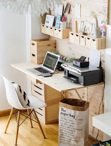 bureau pour ado faire avec des boites de rangement ikea. Black Bedroom Furniture Sets. Home Design Ideas