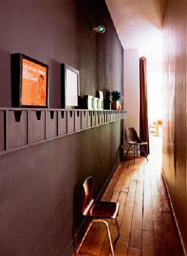 D co couloir peinture couleur aubergine et lin for Decoration peinture couloir