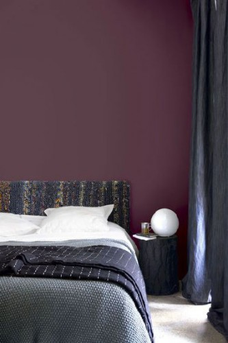 d co chambre adulte couleur aubergine et bleu. Black Bedroom Furniture Sets. Home Design Ideas