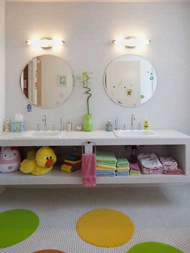 d co salle de bain couleurs pastel pour enfant. Black Bedroom Furniture Sets. Home Design Ideas