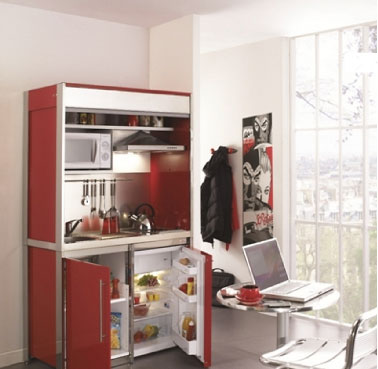 kitchenette moderna rouge tout quip e dans meuble haut. Black Bedroom Furniture Sets. Home Design Ideas
