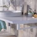 Dans unepetite salle de bain rien de tel que des rangements et sanitaires pratiques et une déco soignée pour gagner de la place. Plan vasque, meubles, baignoire d'angle, 11 photos déco pour une petite salles de bain bien aménagée.